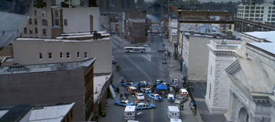 As the bombings continue, the US government responds by declaring martial law, sending US troops, led by General Devereaux (Bruce Willis), into the streets ...